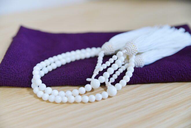 白いお数珠